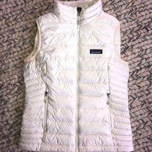 Patagonia Women's Down Sweater Vest - SM WHITE